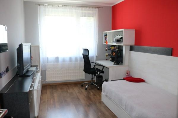 Študentská izba dievčenská, B. Bystrica