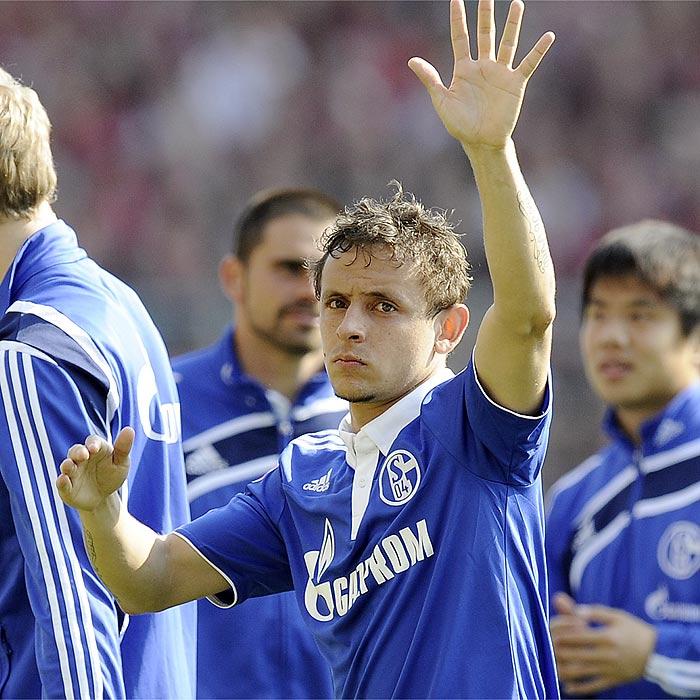 Rafinha deja el Schalke 04 y se marcha al Génova - AS.com