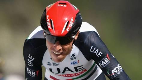 Rui Costa rueda durante el prólogo del Tour de Romandía 2018.