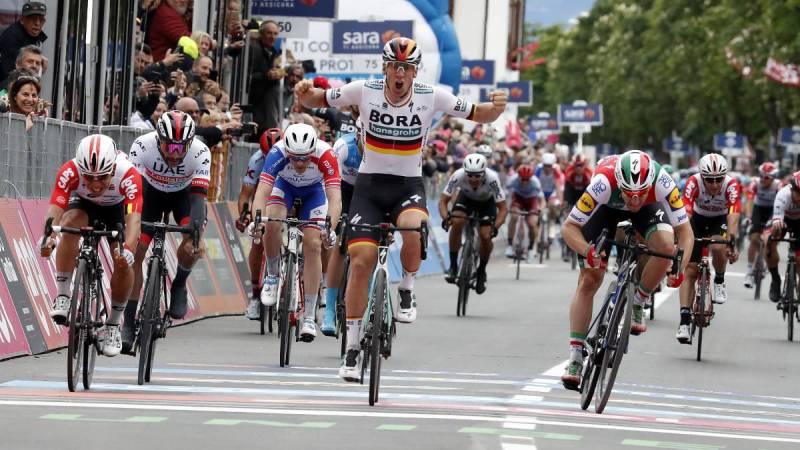 Ackermann se impone en el primer esprint del Giro 2019