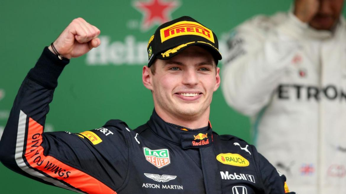 Max Verstappen signs Red Bull contract extension to 2023 - AS.com