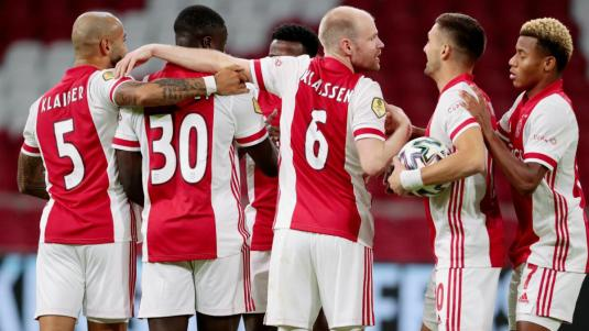 Ten Hag's Ajax equal Cruyff record in Eredivisie