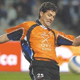 Valbuena podría causar baja en el partido decisivo