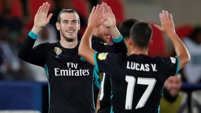 Bale y Lucas Vázquez celebran el gol del galés.