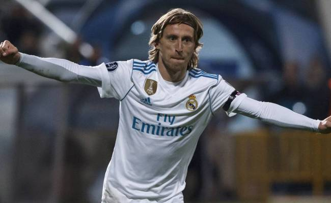 Real Madrid Luka Modric Decides To Stay At Real Madrid