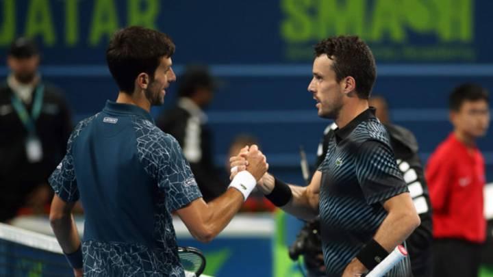 """Bautista ha ganado a Djokovic dos veces este año: """"Esas victorias sirven pero no suman"""""""