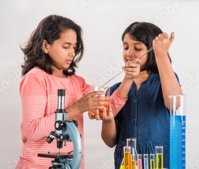 Indian Little Girls Or Indian Students And Science Experiments Education Asian Kids And Science