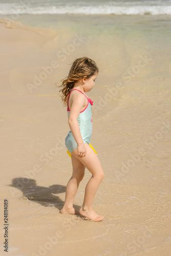 La Fille De La Plage : fille, plage, Magnifique, Jeune, Fille, Plage, Stock, Photo, Adobe