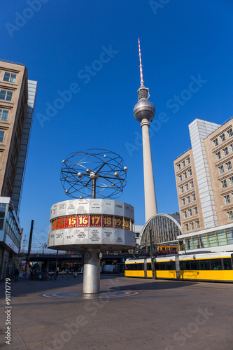 the world clock weltzeituhr