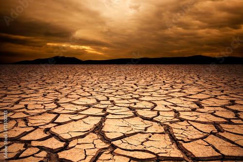 Desert 3d Wallpaper Dramatic Sunset Over Cracked Earth Desert Landscape