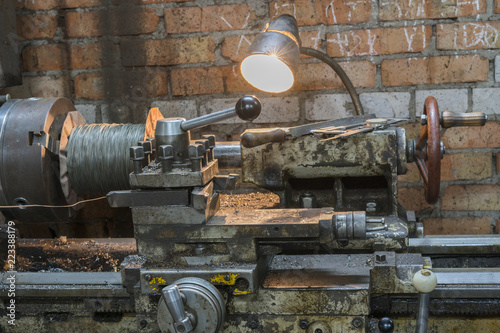 Old Metal Working Machines For Sale