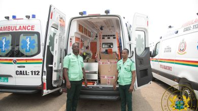 Photo of Nana Addo commissions 307 ambulances