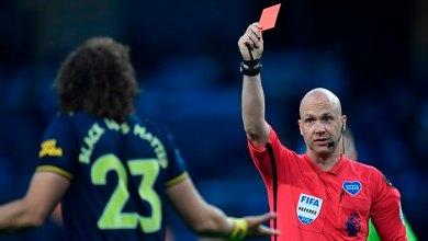 David Luiz gets red card