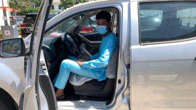 Photo of Free SHS ambassador Rahim Banda gets vehicle from Education Ministry