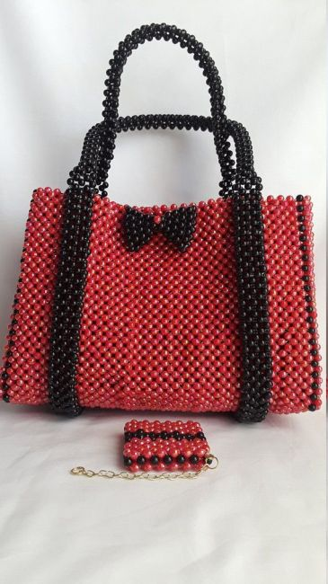 Beads: clutch bag and purse, red and black