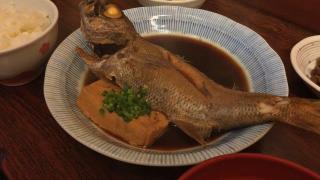 朝5時からやってる魚料理の名店、築地かとうで最高の定食を♪
