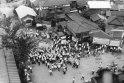 1956年デモに集まる朝霞駅南口