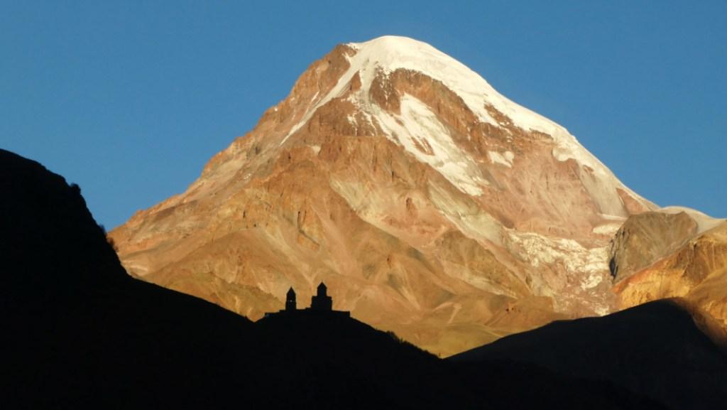 Trekking Kazbegi - Destacada