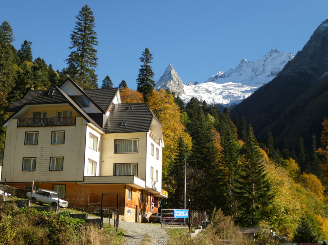 Trekking Caucaso Ruso - Hotel Dombay