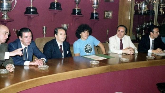 Casaus was key in the hiring of Maradona (fcbarcelona.com)