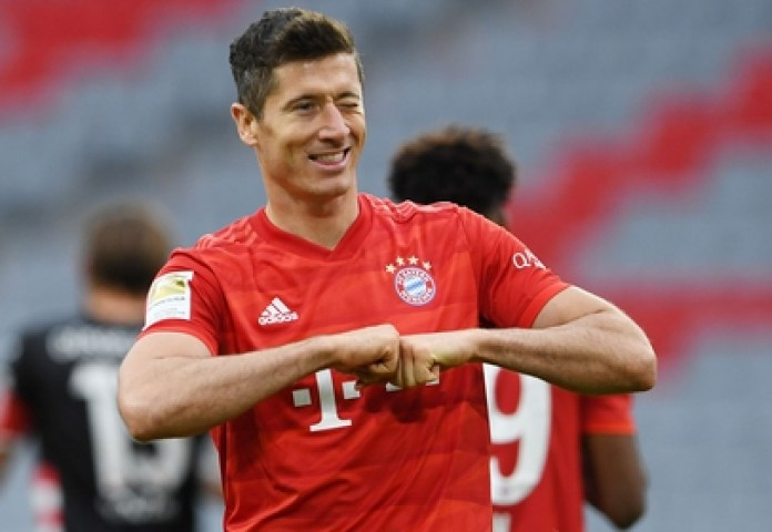 Lewandowski is Europe's top scorer so far