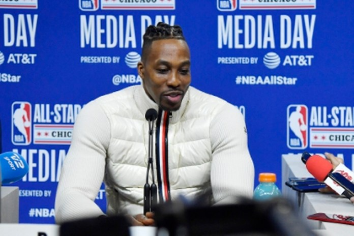 Dwight Howard plays in Los Angeles Lakers (USA TODAY Sports)