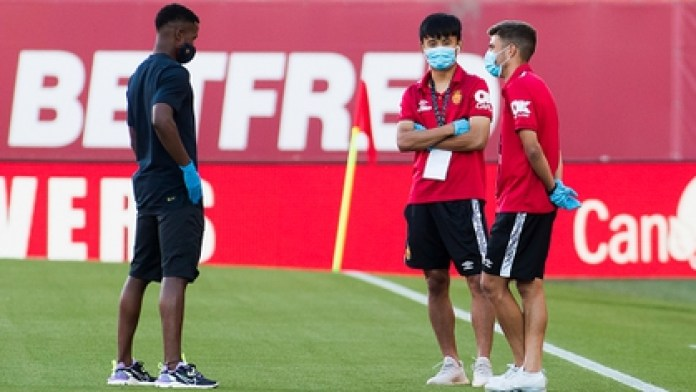 Ansu Fati got together with his friend Takefusa Kubo and the Spaniard Alejandro Pozo, with whom he shared inferiors in Seville (Photo by JAIME REINA / AFP)