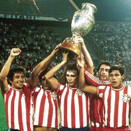 The forward won the 1979 South American with the Paraguayan team