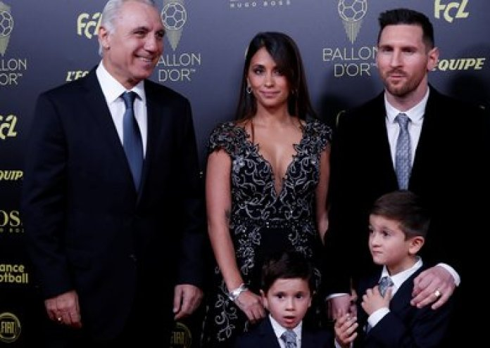 Stoichkov, together with the Messi family in the last installment of the Ballon d'Or (REUTERS / Christian Hartmann)