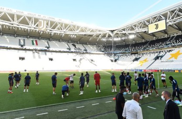 Juventus will be home in their stadium against Lyon (Reuters)