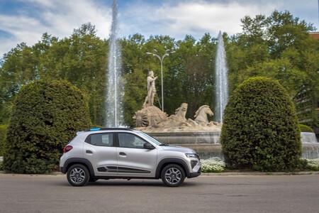 Dacia Spring 017