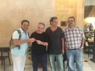 Entregando el carnet de socio a Ferran Adrià