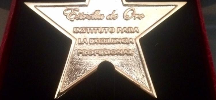 Estrella de Oro Premio a la excelencia