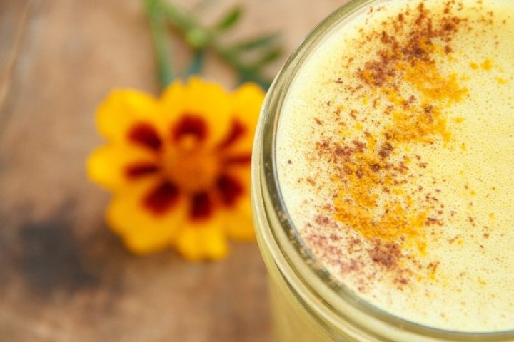 Turmeric Milk for Coughs and Colds