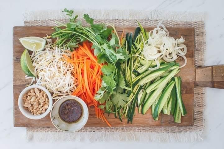 Fresh raw vegetable salad