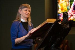 Mtr Liz at pulpit