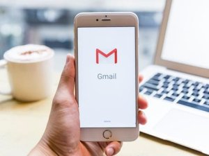 How to send a video through Gmail using Google Drive or an attachment