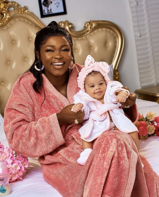 Lovely photos of Ka3na BBnaija and her daughter