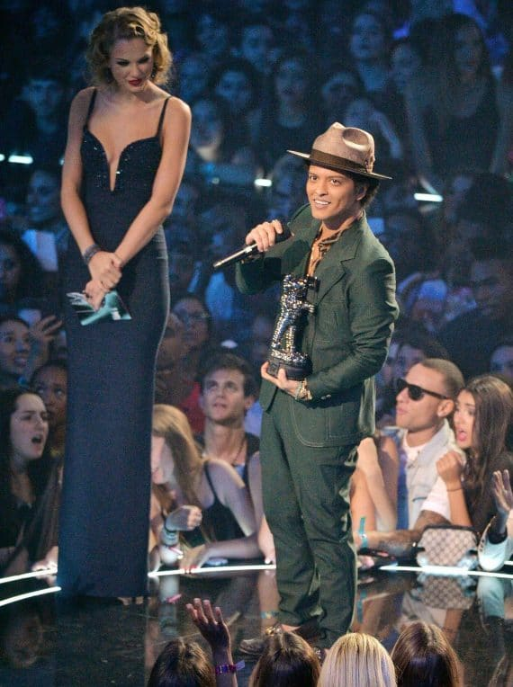 Bruno Mars Height Comparism