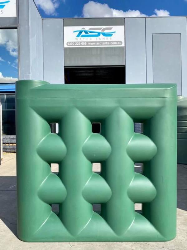 1000 litre slimline water tank