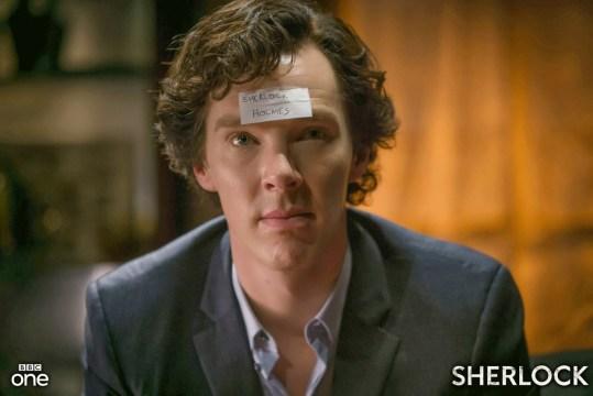 Sherlock intentando -fallidamente- ser el mejor padrino de bodas evah