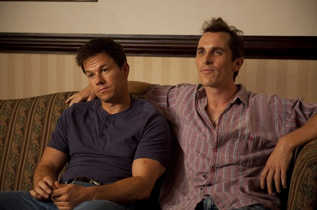 Mark Wahlnerg y Christian Bale en The Fighter.