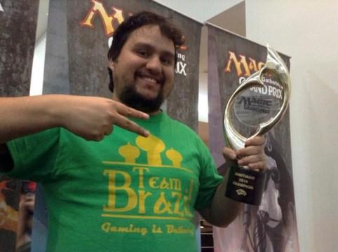 Eduardo dos Santos Vieira (Bra) - Ganador 2014