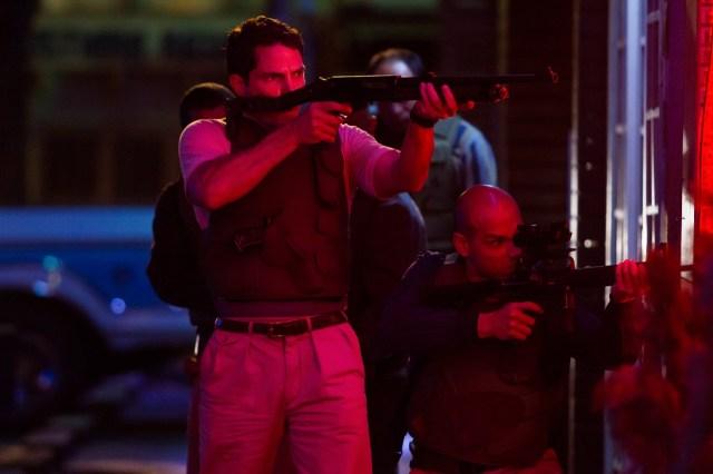 La sangrienta carrera por atrapar a Escobar se ve desde el comienzo.
