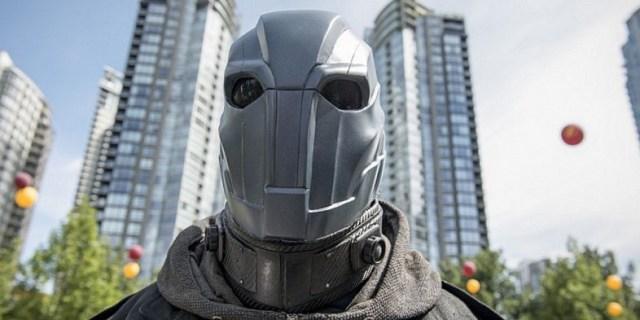 Atom Smasher (Adam Copeland) llama a la acción a Barry