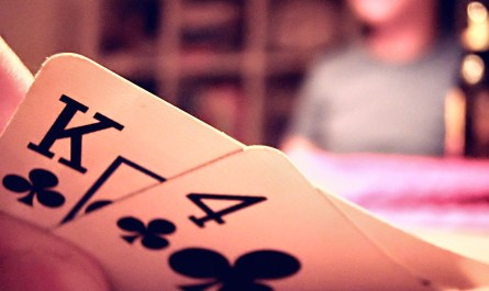 Comment débuter poker