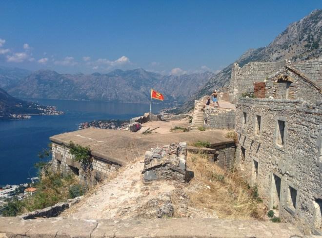 Fortaleza em Kotor vista do alto