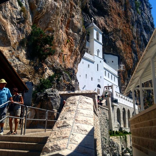 ostrog monastério pedra igreja montenegro