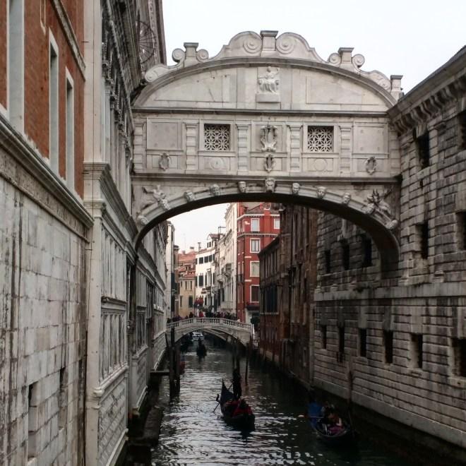veneza-ponte-dei-sospiri