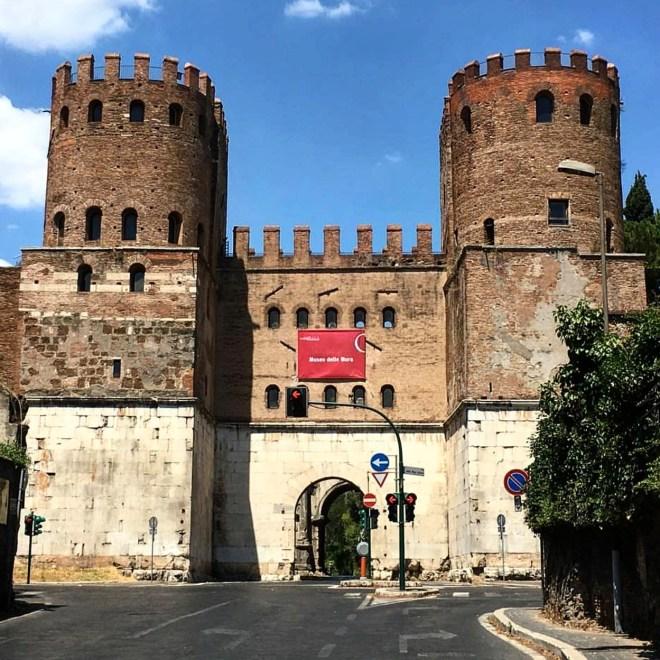 Porta San Sebastiano Roma Via Appia Antica